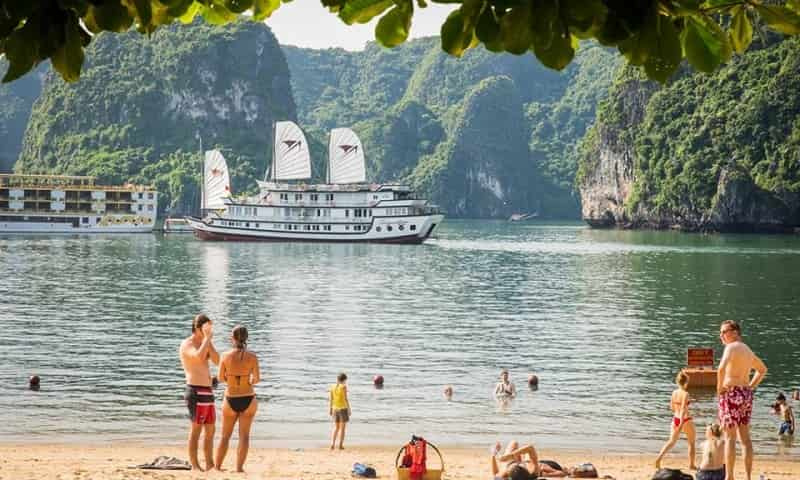 LUXURY HALONG BAY TOURS